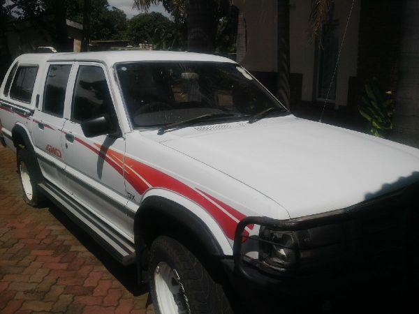 Mazda B2500 for sale